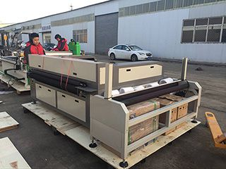 Auto feeding fabric laser cutting machine STJ1610-2A delivery to Ecuador