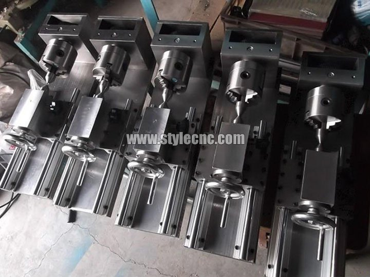 Multi-heads CNC Router with Rotary Axis