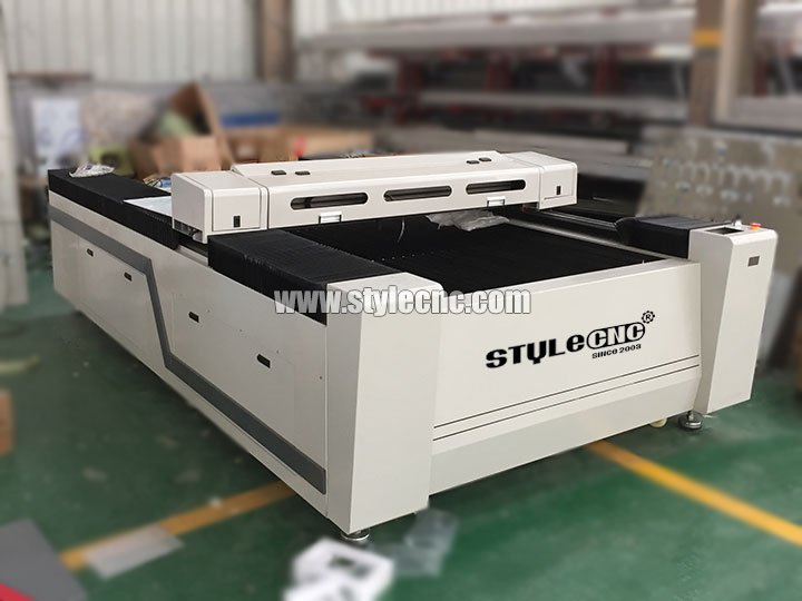 The Second Picture of Big size 1325 Leather Laser Cutting Machine for sale