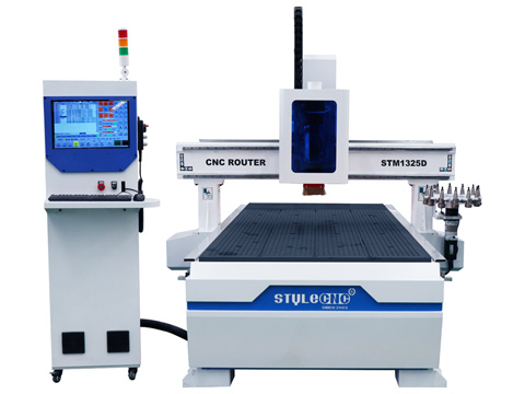 Aluminum CNC router with disk ATC system