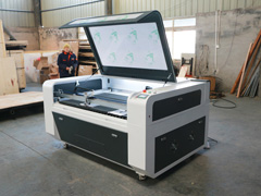 1390 laser cutting machine with 100W tube delivery to America