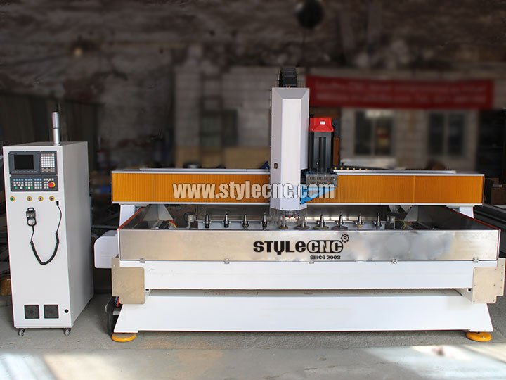 The First Picture of Stone CNC Machining Center for Cutting and Polishing