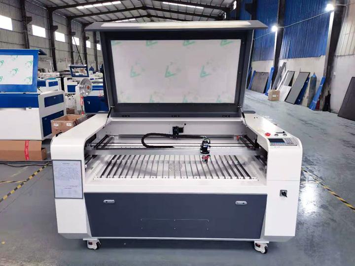 STJ1610-CCD laser cutter
