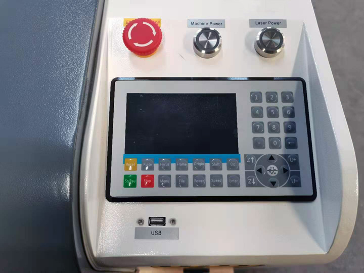 The Fourth Picture of CCD camera laser cutter for fabric,leather,textile,garment