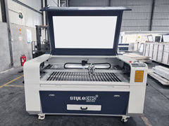 STJ1390-2 laser engraving and cutting machine is ready for delivery to Columbia