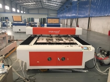 180W MDF <i><i>laser</i></i> <i><i>cutter</i></i> is ready for delivery to America