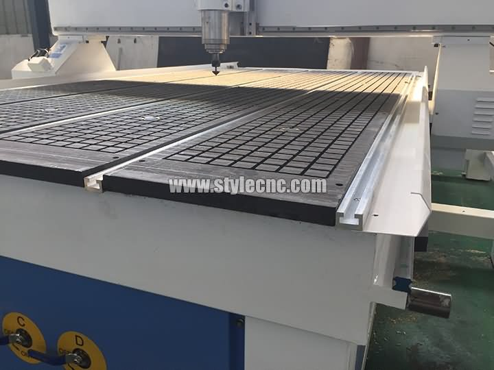 Vaccum table CNC router