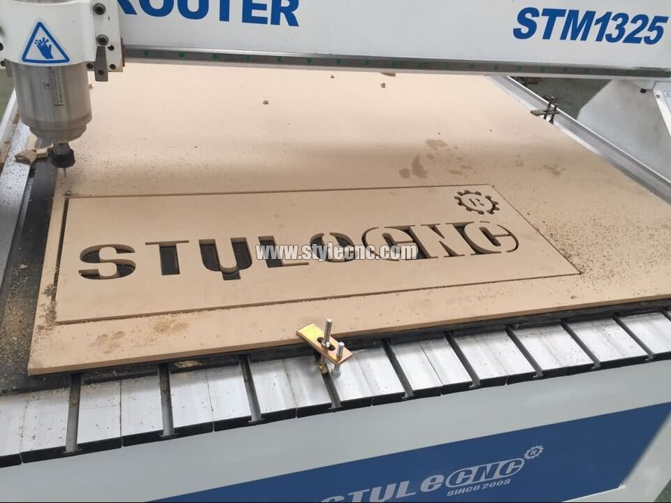 CNC router for wood signs cutting project