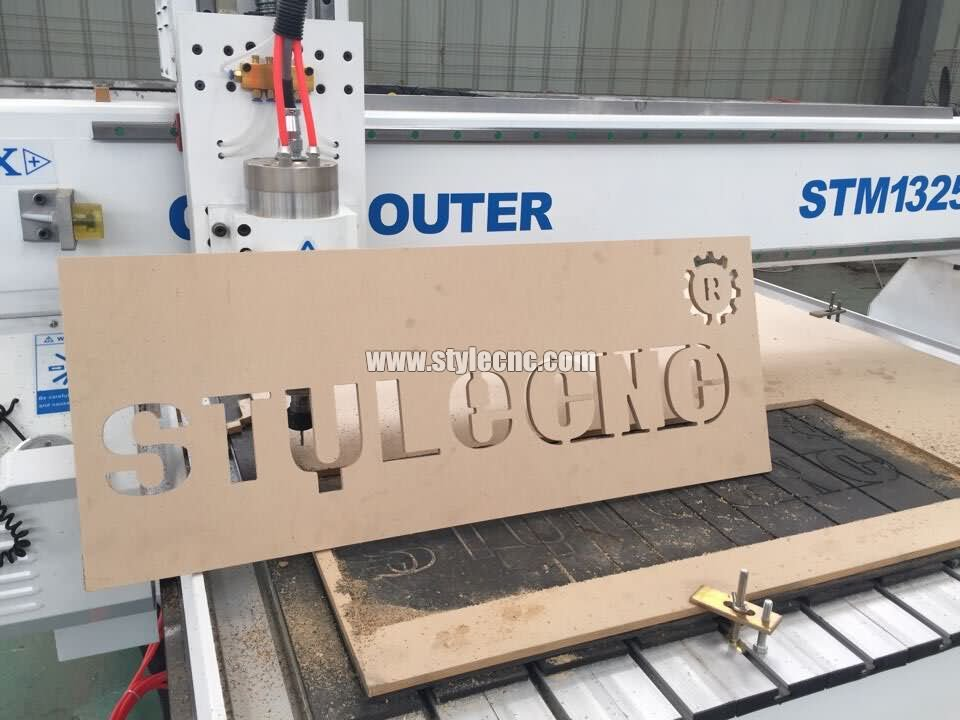 Woodworking CNC router for wood signs cutting project