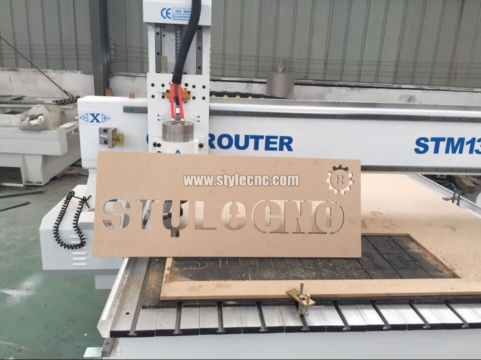 CNC wood router for signs cutting project