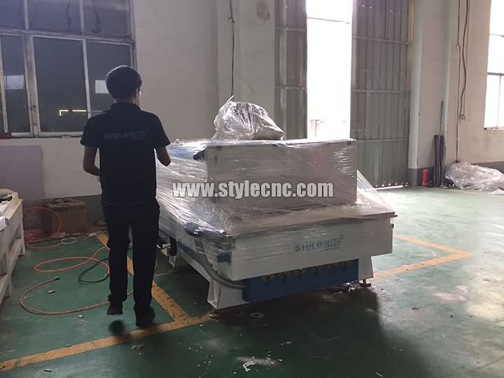 package of 3 heads CNC router machine