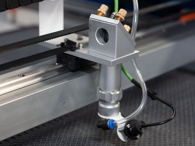 laser cutting head of CNC 1610 laser cutting systems