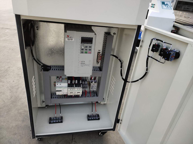 Taiwan Delta servo driver and servo motors