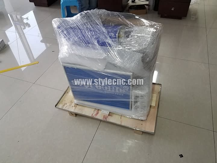 package of STJ-50F deep laser engraving machine with CCD camera