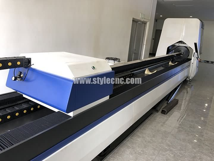 6m length metal tubes and pipes fiber laser cutter 500w