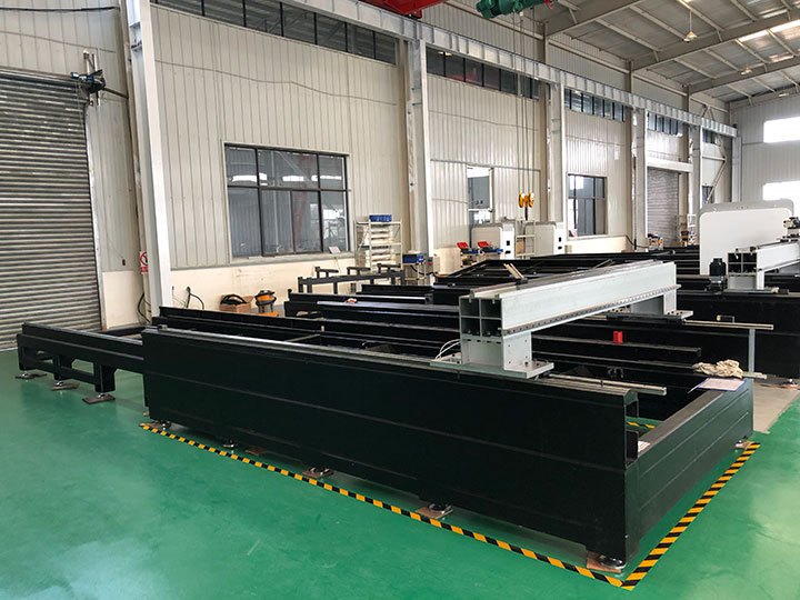 500 Watt IPG fiber laser cutter frame
