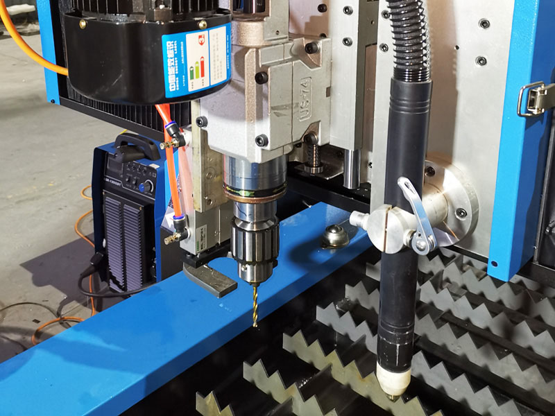 The cnc drilling head for metal hole drilling