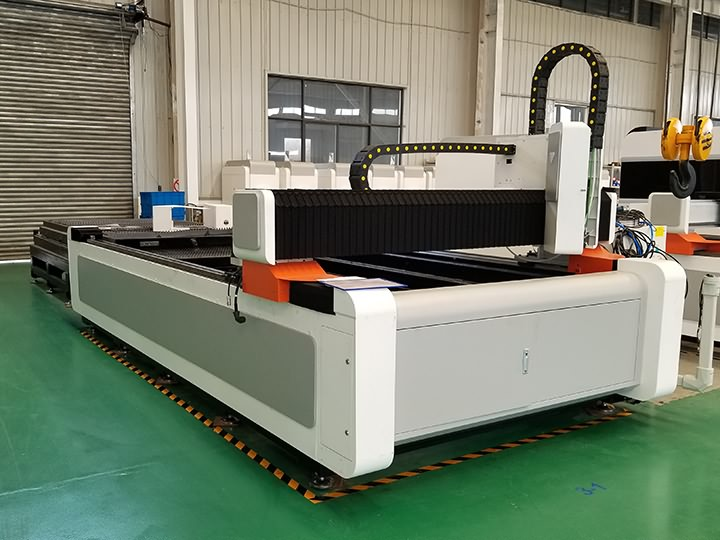 Kuwait 1000 watts fiber laser cutter with exchange table