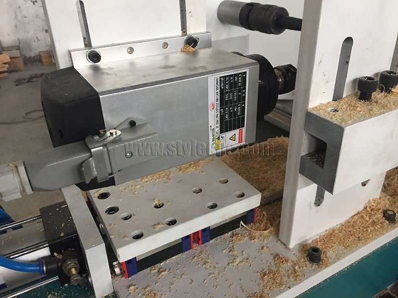 The Second Picture of Affordable Wood CNC Lathe Machine for Sale