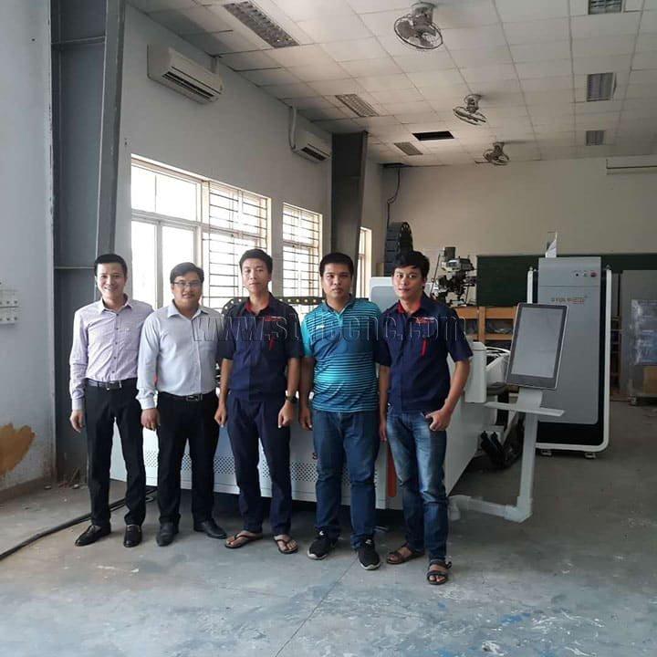 laser metal cutting machine for school education in Vietnam