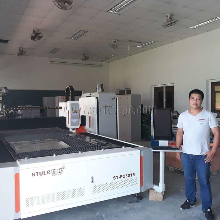 metal laser cutting machine for school education in Vietnam
