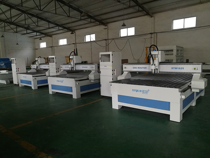 3 Sets STM1625 CNC Router are ready to Spain