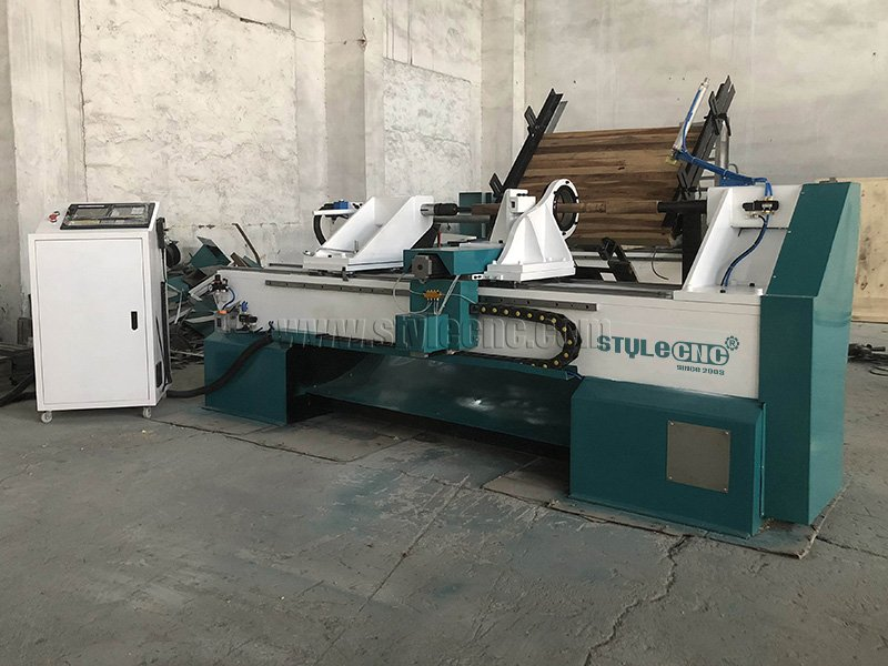 Automatic Feeding CNC Wood Lathe