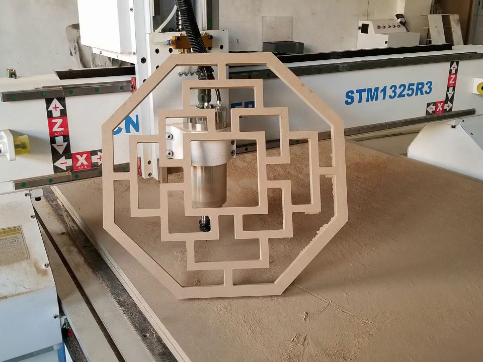 MDF Cutting CNC Router STM1325-R3 with 4x8 Size