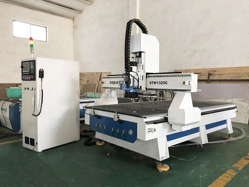 Linear ATC CNC Router with 4x8 Table