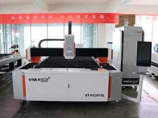 ST-FC3015L Fiber Laser Cutter for Sheet Metal Fabrication in USA