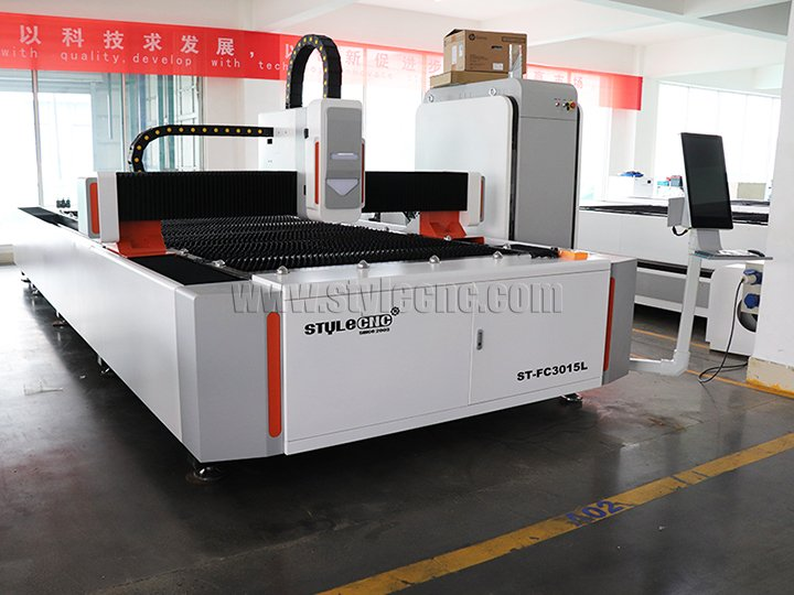 ST-FC3015L fiber laser cutting machine for USA customer