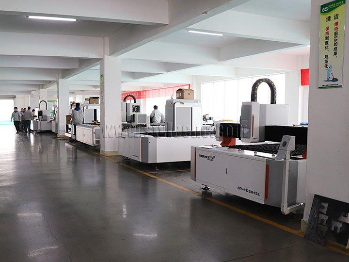 ST-FC3015L fiber laser cutters in factory