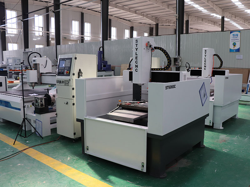 ATC CNC Machine for Metal with Automatic Tool Changer