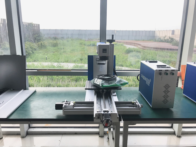Fiber Laser Marking Machine with Sliding Table with Cross Slide Rail