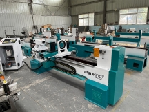 Automatic Lathe Machine for Woodworking with CNC Controller in USA