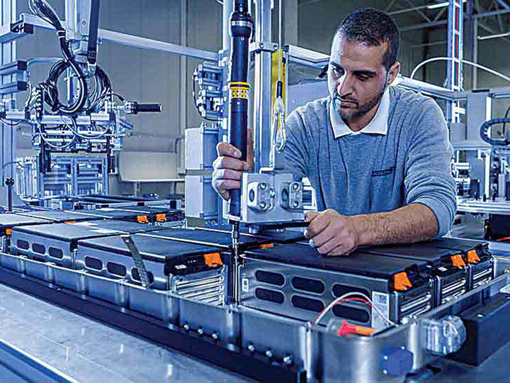 High Precision Laser Cutting & Welding System in Lithium-ion Battery Manufacturing